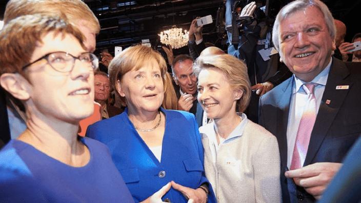 AKK_Merkel_Tv Duell
